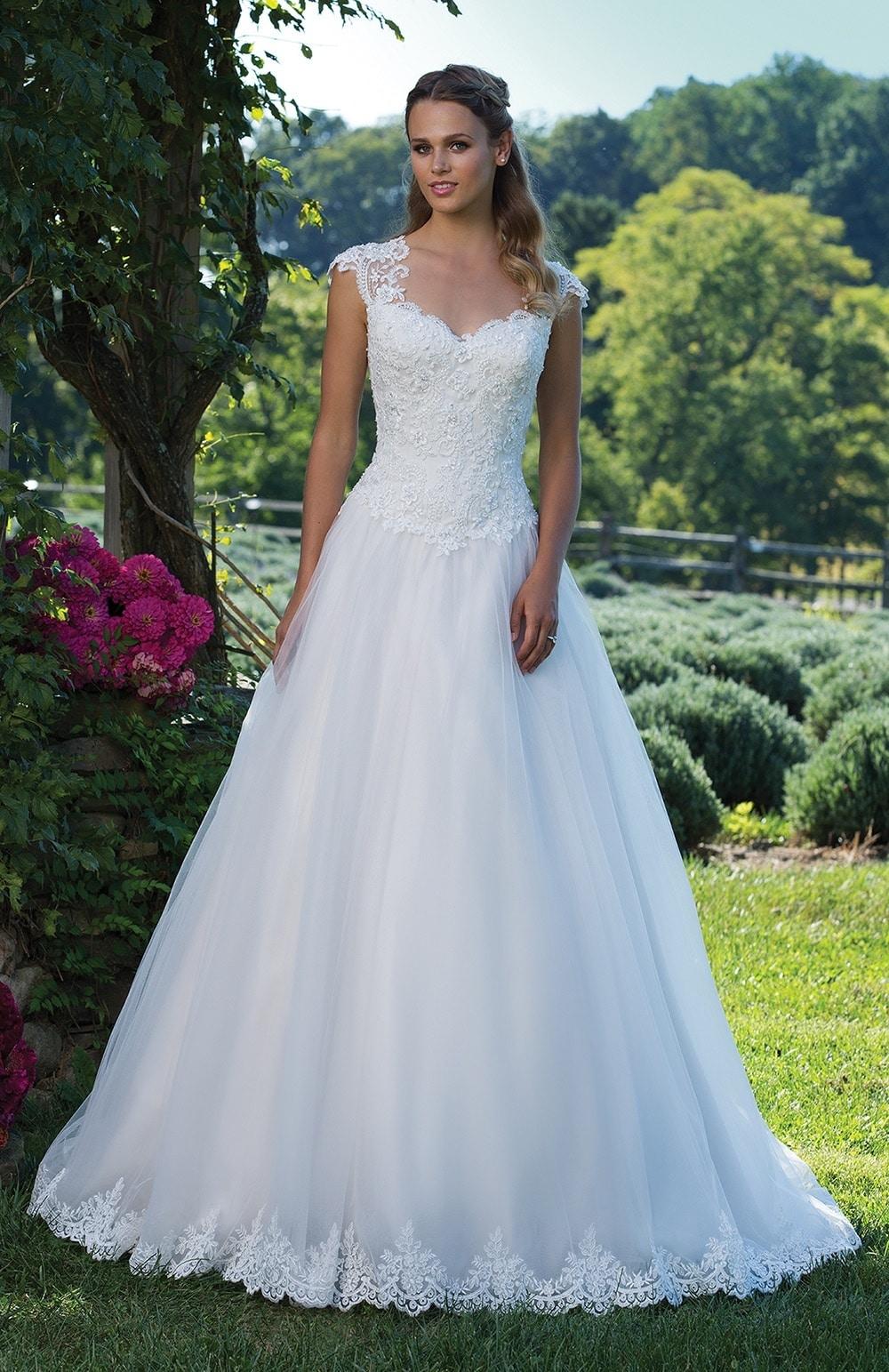 Robe de mariée Modèle Sacha – 3982