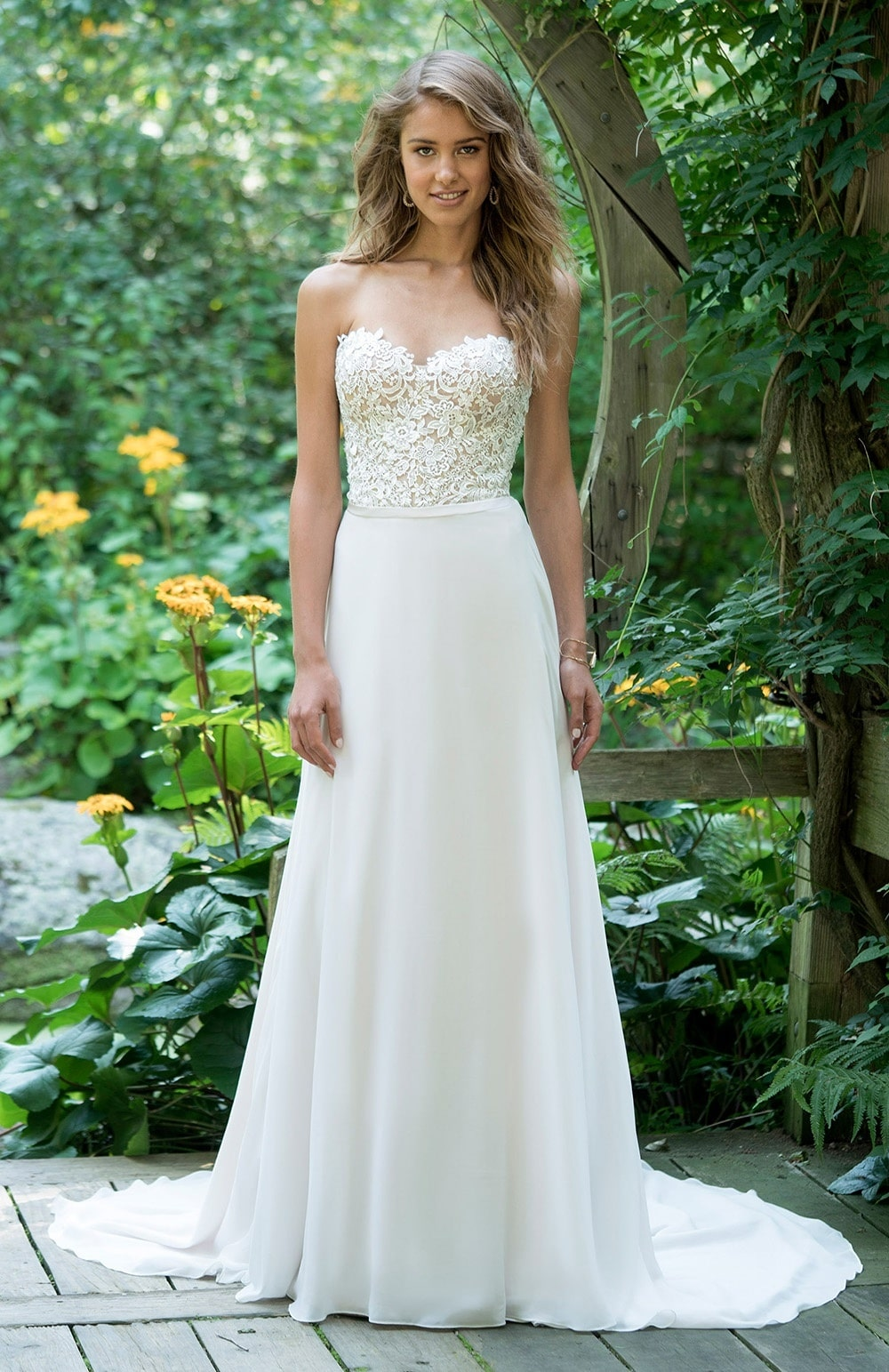Robe de mariée Modèle Nickie – 66019