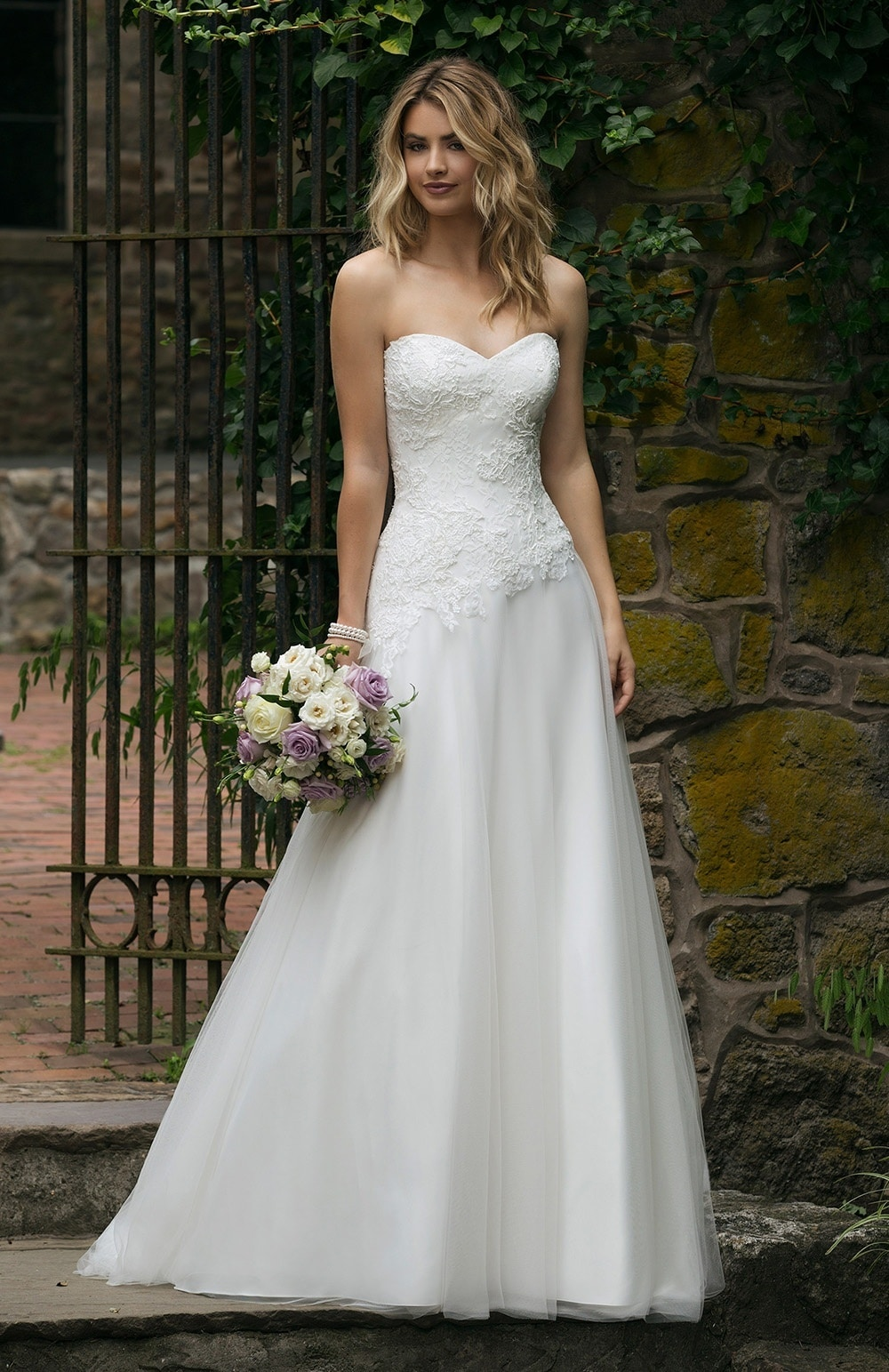 Robe de mariée Modèle 44046 – Sacha